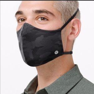 COPY - Lululemon Face Mask